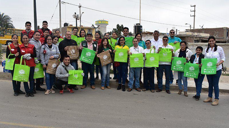 32 toneladas de residuos sólidos son el resultado de la jornada de limpieza en Panamericana Sur, realizada por empresas agroexportadoras